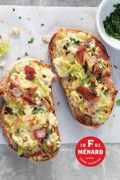 On aime le bacon, surtout bien dodu comme celui de F. Ménard ! Fromage, bacon, poireaux... le genre de ménage à trois dont vous ne pourrez vous passer.