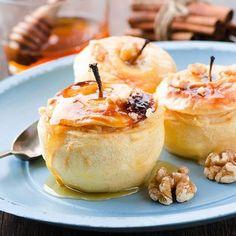 Pommes farcies à la crème, au miel et amaretto
