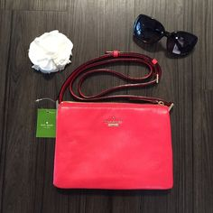 Kate Spade crossbody Brand NEW, never used before, and NO trades please. kate spade Bags Crossbody Bags