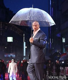 Dwayne Johnson looking suave in the rain for the GI Joe premiere in London.