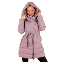 Belül derékig plüssel bélelve melegít. Két zseb található kívül. A kapucnija nem levehető. Raincoat, Winter Jackets, Fashion, Rain Jacket, Moda, Winter Vest Outfits, La Mode, Fasion, Fashion Models