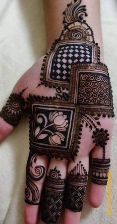 Henna Hand Designs, Mehndi Designs Finger, Mehandi Design For Hand, Floral Henna Designs, Henna Tattoo Designs Simple, Mehndi Designs Feet, Latest Bridal Mehndi Designs, Full Hand Mehndi Designs, Stylish Mehndi Designs