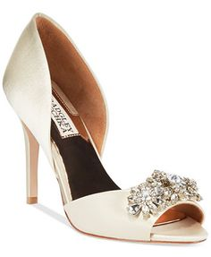 Badgley Mischka Giana Evening Pumps - 6.5 ivory or navy