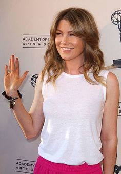 Meredith Grey, Ellen Pompeo Patrick Dempsey, Greys Anatomy Characters, Celebs, T Shirts For Women, People, Tv, Baby, Grey's Anatomy Series
