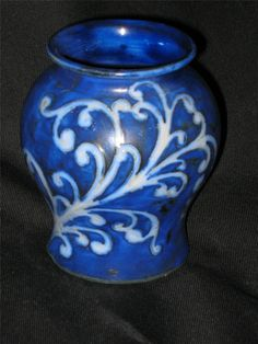 1000 Images About Moorcroft Pottery On Pinterest Pottery Pottery Vase And Vase