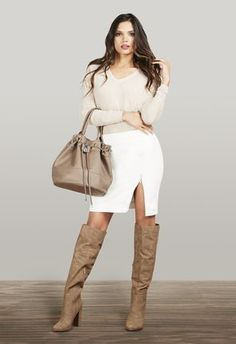 Great fall look! Sexy and warm all at once. Spring Summer Fashion, Autumn Winter Fashion, Ladies Wellies, Just Fab Boots, Tan Boots, Knee Boots, Zara, Sexy Older Women, Casual Fall