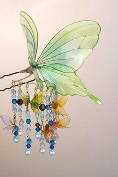 埋め込み画像 Resin Jewelry, Hair Jewelry, Jewelry Crafts, Beaded Jewelry, Resin Crafts, Resin Art, Asian Hair Pin, Nail Polish Flowers, Plastic Bottle Art