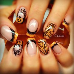 Spider web nails – cool idea to decorate your nails on Halloween night.