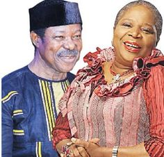 King Sunny Ade finally opens up on relationship with Onyeka Owenu    Legendary musician King Sunny Ade who is also asinger-songwriter multi-instrumentalist and a pioneer of modern world music. Hehas dismissed insinuations that he dated veteran singer Onyeka Onwenu in the past.  There were insinuations in certain quarters that the duo were engaged in a romantic relationship following the release of wait for me years back.  Its been 30 years since the songs release and King Sunny Ade is 70. He…