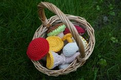 crochet pattern mushrooms, German+English German English, Wicker Baskets, Straw Bag, Stuffed Mushrooms, Crochet Patterns, Etsy, Vintage, Bags, Decor