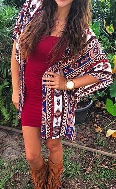 tribal Aztec kimono with body con dress and tan fringe boots Spring Summer Fashion, Autumn Winter Fashion, Spring Outfits, Boho Fashion, Fashion Outfits, Womens Fashion, Look Festival, I Dress, Dress Boots