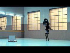 Jean Paul Gaultier est le nouveau Directeur artistique de Coca-Cola light. Venez découvrir ce court-métrage dans lequel le génie du maître permet à Irene la rockeuse de passer du look super désolant au look total décoiffant. ( vidéo, qualité jusqu'à 1080p)