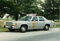Ohio State Police Cars | Ohio State Highway Patrol Ford LTD