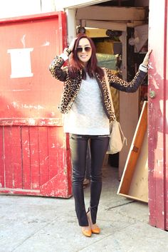 leopard jacket and leather pants Leopard Jacket, Orange Shoes, Autumn Winter Fashion, Winter Style, Fall Looks, Lifestyle Blog, Outfit Of The Day, Style Me, Leather Pants