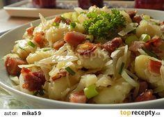 Dvoudruhové zelí se slaninovými noky recept - TopRecepty.cz