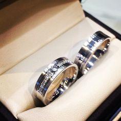 Argollas de matrimonio en oro blanco de 18 kts y diamantes   www.elbrillantejoyeria.com.co