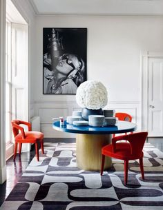 Take a look at this amazing home interior design trends and how they fit perfectly into your dining room decor! 2018 Interior Design Trends, Decor Interior Design, Interior Decorating, Colour Pop Interior, Interior Design Magazine, Interior Ideas, Living Etc Magazine, Store Concept, Bedroom Ideas