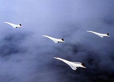 "concorde formation flight | ... Concordes in the ""Concorde"" formation to celebrate the milestone"
