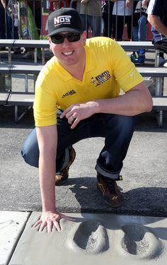Kyle Busch Photos - Auto Club 400 NASCAR Sprint Cup Series Event Weekend - Zimbio