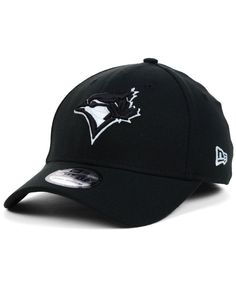 New Era Toronto Blue Jays Black and White Classic Cap Mlb Merchandise, Toronto Blue Jays, Sports Fan Shop, Riding Helmets, Baseball Hats, Cap, Black And White, My Style, Classic