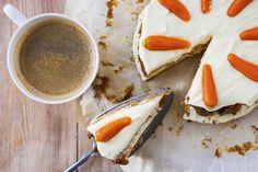 Savory magic cake with roasted peppers and tandoori - Clean Eating Snacks Homemade Carrot Cake, Dessert Original, Waffle Ingredients, Carrot Cake Cheesecake, Savoury Cake, Custom Cakes, Us Foods, Clean Eating Snacks, Yummy Cakes