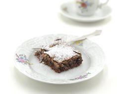 Kaken er ikke bare verdens beste glutenfrie brownies, men også utrolig lett og rask å lage! Vil du prøve, så kommer oppskriften her!