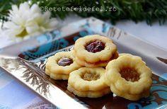 + Fursecuri cu gem,fragede ,delicate si gustoase,care se topesc in gura .Preferatele mele sunt cele cu gem de capsune cu ghimbir, sunt absolut grozave ,combinatia de aluat fraged cu gem acrisor… Romanian Desserts, Romanian Food, Romanian Recipes, Sweet Pastries, Xmas Cookies, Christmas Sweets, Fun Desserts, Biscotti, Sweet Treats