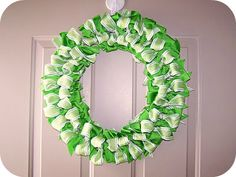 Floral Wreaths    20.  Simple Silk Flower Wreath ~ Make some cute fall decor for your home for less than $10. Change up the flowers for each holiday.    all crafts 88 Beautiful Wreaths To Make! free patterns  Ribbon Wreath    21.  Bow Ribbon Wreath Tutorial ~ This DIY wreath is a simple and easy project that won't require an entire pot of gold to create.    all crafts 88 Beautiful Wreaths To Make! free patterns  Rag wreath    22. How to make a rag wreath ~ Pick up some fun patterns to turn i
