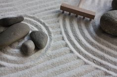Cómo hacer un jardín zen - http://www.jardineriaon.com/como-hacer-un-jardin-zen.html #plantas