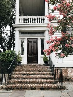 2 Days in Charleston - Danielle Moss Cottage Shutters, Fairytale House, Architecture Design, Vernacular Architecture, Amazing Architecture, Exterior Paint, Exterior Design, Southern Homes, House Goals