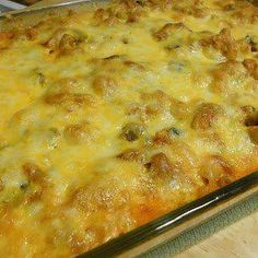 Million Dollar Spaghetti Casserole @keyingredient #cheese #casserole