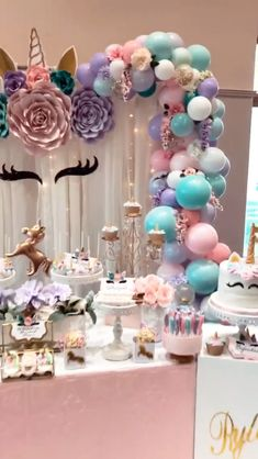Unicorn first birthday party cake Ideas for 2020 Decoration Birthday, Birthday Balloon Decorations, Girl Baby Shower Decorations, Kids Party Decorations, Party Ideas, 1st Birthday Balloons, Unicorn Themed Birthday Party, Girl Birthday Themes, First Birthday Parties