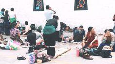 其實藏民的生活很簡單也很幸福,他們的想法是與世無爭,不追求我們嚮往的功名利祿,不追求有車有房,只相信佛會給天下蒼生帶來幸福。#拉薩 #西藏 #大昭寺