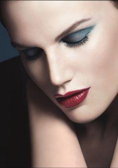 Giorgio Armani Fall Makeup 2013 - WIN 1 E/S PALETTE!