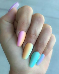 Pretty Ways to Wear Rainbow Nails This Summer 43 Pretty Ways to Wear Rainbow Nails This Summer Great Nails, Perfect Nails, Gorgeous Nails, Nail Polish Designs, Acrylic Nail Designs, Fake Nail Designs, Matte Nail Polish, Art Designs, Diva Nails