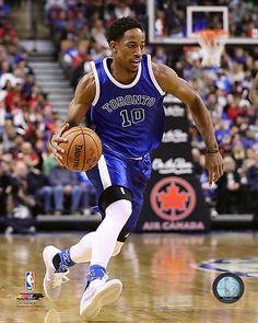 DeMar DeRozan Toronto Raptors 2016-2017 NBA Action Photo TO204 (Select Size)