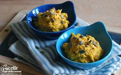 L'hummus di zucca arrosto e tofu è una variante del classico hummus di ceci, la nota salsa medioorientale a base di ceci e tahina, la pasta di sesamo. Perfetta da spalmare su crostini, per intingere cruditè di verdure e per accompagnare polpettine e felafel. Procedimento Tagliate a pezzi la zucca, salate ed infornate fino a […]