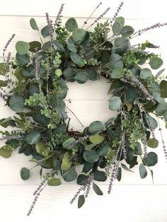 Eucalyptus and Lavender Wreath, Greenery Wreath, Everyday Wreath, Farmhouse Wreath – Spring Wreath İdeas. Christmas Wreaths For Front Door, Holiday Wreaths, Christmas Porch, Etsy Christmas, Simple Christmas, Holiday Decorations, Christmas Holiday, Green Wreath, Floral Wreath