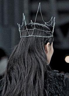Simone Rocha wire crown
