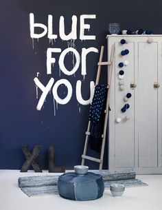The blue, white and cream dots hanging on the closet are nice to use as a pattern