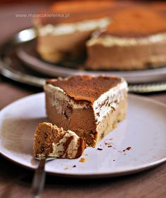 WEGAŃSKI torcik tiramisu BEZ GLUTENU - Mała Cukierenka Kinds Of Desserts, Cookie Desserts, Vegan Desserts, Raw Food Recipes, Vegan Cheesecake, Vegan Cake, Cake Recept, Eat Happy, Polish Recipes