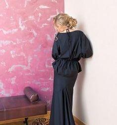 Блуза черная #UONA. Вечерняя коллекция. Блузу можно носить в двух вариантах: подчеркивать талию лентами (в комплекте) или заправлять внутрь одежды. #eveningfashion #блуза #российскийдизайнер #вечернийлук