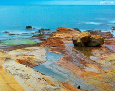 Paysage de la mer mediterranee au Bau Rouge - carqueiranne