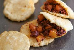 Potatoes with Mexican Chorizo.I'd make it with soy chorizo Real Mexican Food, Mexican Cooking, Mexican Food Recipes, Gorditas Recipe Mexican, Quirky Cooking, I Love Food, Good Food, Yummy Food, Tasty