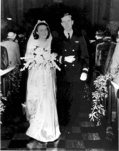 barbara bush and george wedding pic | Photograph courtesy of the George Bush Presidential Library and Museum~George and Barbara on their wedding day, January 6, 1945.
