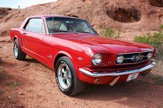 impresionante Mustang red