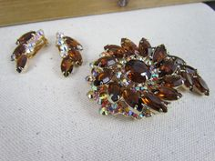 Vintage D&E Juliana Topaz & Aurora Borealis Rhinestone Brooch Pin & Earring Set #Juliana