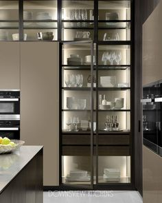 Country Home Decor cristaleira.Country Home Decor cristaleira Kitchen Room Design, Kitchen Cabinet Design, Modern Kitchen Design, Home Decor Kitchen, Interior Design Kitchen, Kitchen And Bath, Kitchen Furniture, Pantry Design, Kitchen Ideas