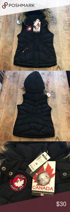 Canada Weather Gear Girls 6X Black Puffer Vest Perfect for outdoor play, this Canada Weather Gear girls 6X black puffer vest is super cute & warm! Accidentally ordered thinking it was a unisex vest & my husband pointed out the waist gathers... ha... Canada Weather Gear Jackets & Coats Vests