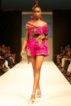 Nigerian Fashion #AfricanWeddings #Africanprints #Ethnicprints #Africanwomen #africanTradition #AfricanArt #AfricanStyle #AfricanBeads #Gele #Kente #Ankara #Nigerianfashion #Ghanaianfashion #Kenyanfashion #Burundifashion #senegalesefashion #Swahilifashion DKK